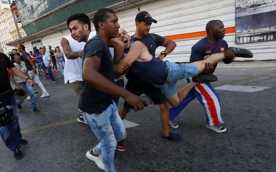 14.05.2019   Bild des Tages   Parade gegen Homophobie   Dream Boy Blog